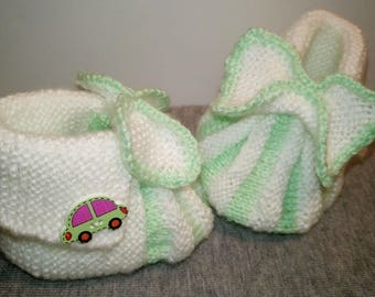 baby's booties knitted with knitting needles.  3-6 months