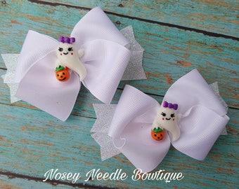 Ghost hair bow, Ghost hair clip, Halloween Ghost hair bow, Halloween hair bow, Ghost costume, Pigtail hair bows, Ghost Pigtail hair bows.
