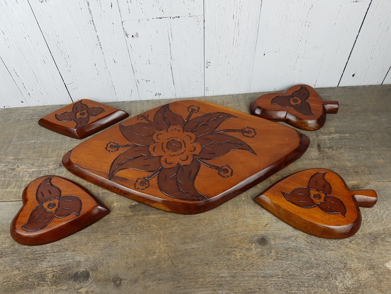 Vintage Carved Fish Wood Serving Set Large Tray with 4 Dishes Card Suit Shaped Serving Snack Bowls Poker Night Casino Game Asian Coy Fish