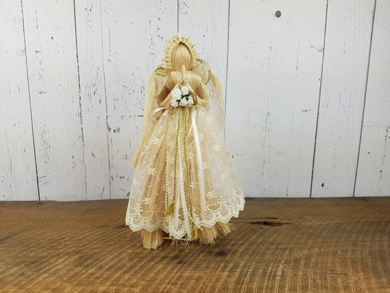Vintage Peaceful Angel Christmas Tree Topper 9 Resin Doll Gold Wings Ivory Satin /& Lace Dress Retro Tree Top Decor Trimming Party December