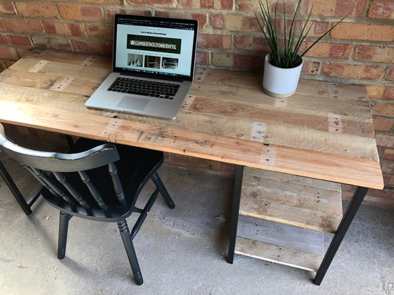 Home Office Desk with Reclaimed Pallet Boards
