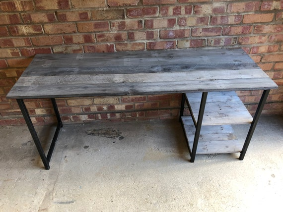 Home Office Desk with Barnwood Reclaimed Pallet Boards