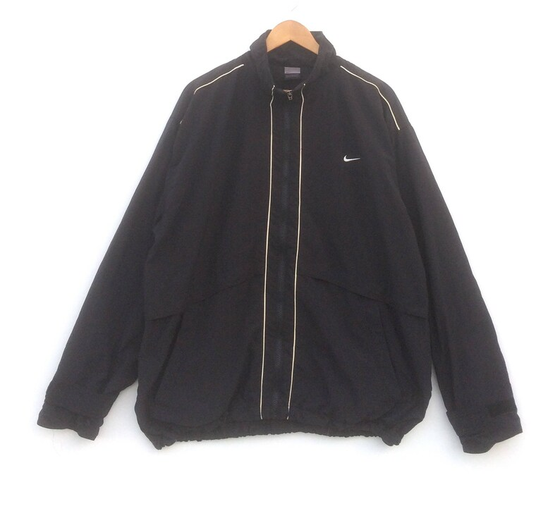 6c4aeaff6 Nike Jacket Windbreaker Swoosh Light Jacket Large Size Black