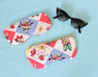 Vintage cowboy fabric eye glasses case, retro cowgirls sunglass pouch