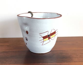 Years 50 hanging flowerpot, white with abstract motif