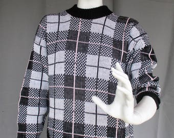 1980s Houndstooth / Plaid Black Pink Silver Pullover Sweater, Size Large, Styled By L. Lynch