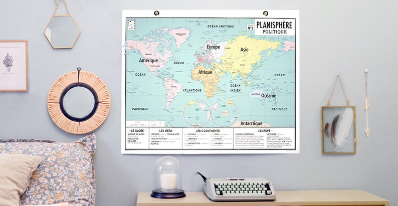 Wall map of the world in 2020 planisphere style vintage school image 0
