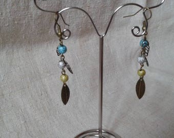 small earrings leaves and pearls