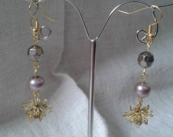 Pearl and Gold Flower Earrings