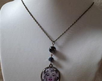 Marylin Monroe necklace