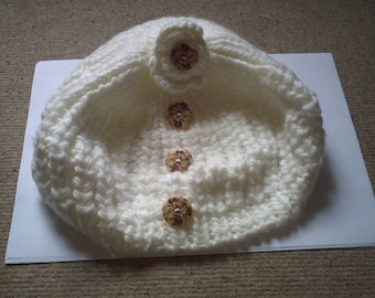 White beret and flower buttons