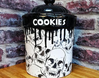 Skull Cookie Jar, Biscuit Barrel, Storage Canister, Extra Large, Kitchen Flour Pot, Weird Wonderful Skull, Gothic Gift, Hand Painted Ceramic