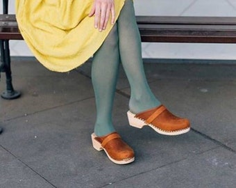Swedish Clogs Classic Brown Oiled Nubuck Leather by Lotta from Stockholm / Wooden Clogs / Handmade / Mules / Low Heel Shoes / Sweden