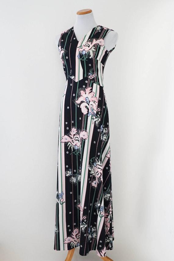 Vintage Dress / 60s Dress / 60s Floral Print Strip