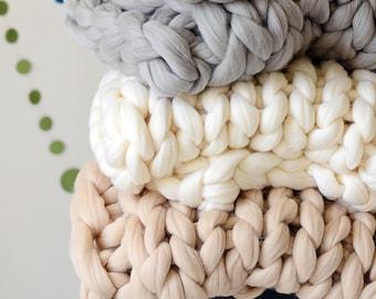 Merino Wool Blanket, Chunky Knit Blanket, Giant Blanket, Knitted Blanket, Arm Knit Blanket, Chunky Wool Blanket, Home Decor, Gift for Her