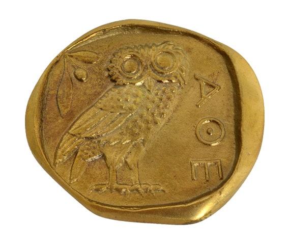 Owl of Wisdom Bronze paperweight - Goddess Athena symbol - Desk Press Papier
