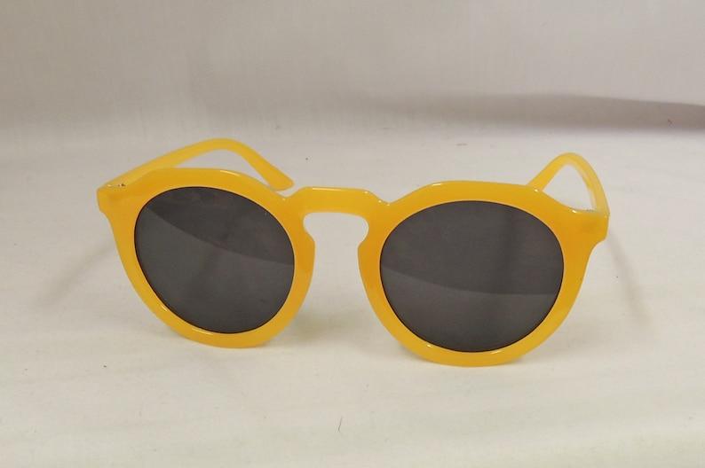 1940s Sunglasses, Glasses & Eyeglasses History Sunglasses Mustard Yellow 1930s 1940s style UV400 $11.54 AT vintagedancer.com