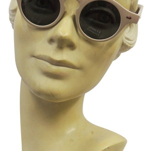 1940s Sunglasses, Glasses & Eyeglasses History Sunglasses Beige 1930s 1940s style UV400 $12.89 AT vintagedancer.com