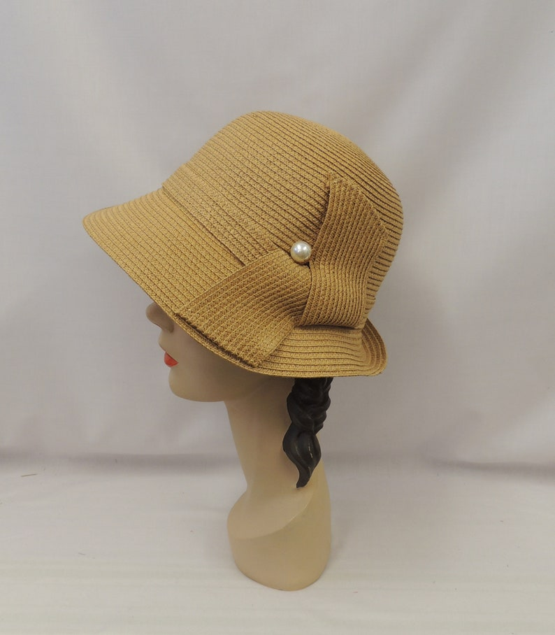 1920s Hat Styles for Women – History Beyond the Cloche Hat Neutral Brown Vintage Style 1930s 1940s Cloche Summer Hat  AT vintagedancer.com