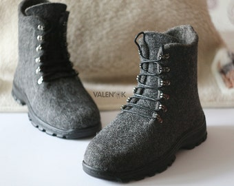 Mens casual shoes Felted shoes Handmade boots Outdoor shoes Men winter boots Grey boots color Ecofriendly shoes Men hiking boots Snow boots