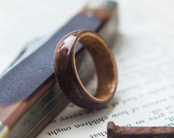 Birds eye Maple and Walnut Wooden ring, Wooden wedding band, Unisex wooden ring, wedding rings //  Crafted with pride and quality in Canada