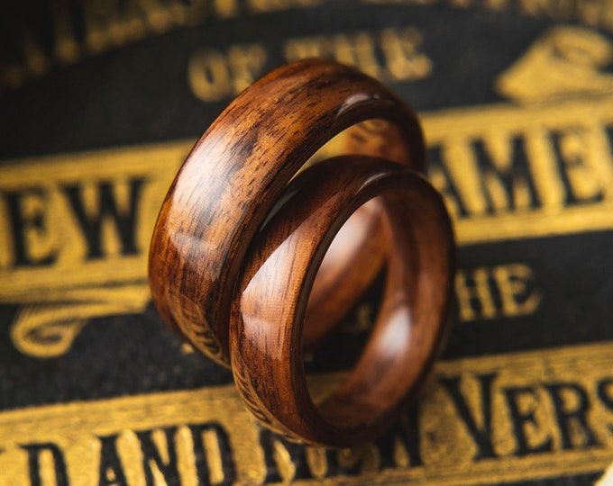 Pair of Santos Rosewood Wedding bands, Wooden wedding band,  wedding ring set,  Unisex wooden ring, wedding rings //  Made in Canada