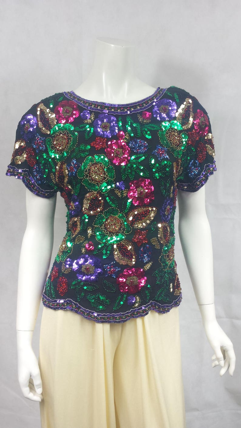 42d77192ba4e2 Vintage 1980s Silk Floral Sequin   beaded top in Gold Green