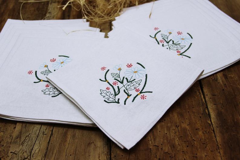 Set of 6 Linen napkins Organic Personalized dinner napkins Baby shower gift Embroidered napkins Wedding linen napkins