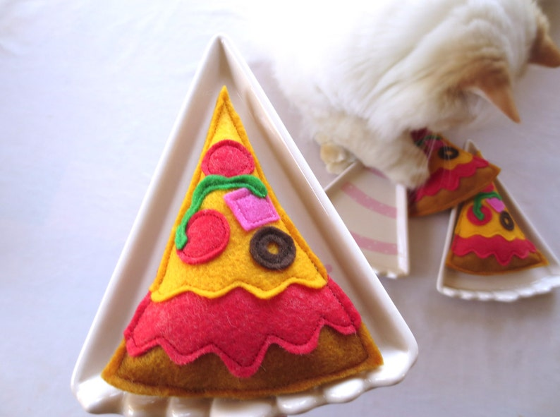 Cat toys Catnip Pizza Catnip toy for cat gift for cat lover image 0