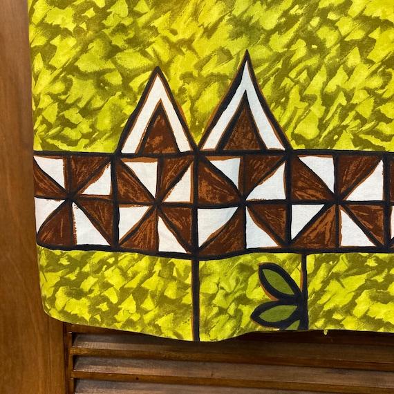 Vintage 1960's Peace Sign Tiki Cotton Pop Art Haw… - image 8