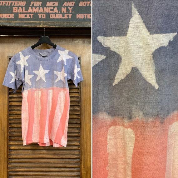 Vintage 1970's Flag Artwork Stars and Stripes Tee,