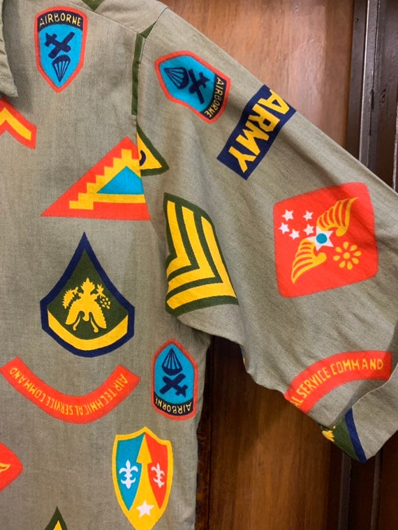 Vintage 1960's Military Pop Art Short Sleeve Shir… - image 4