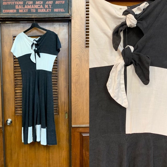 Vintage 1940's / 1950's Black & White Color Block