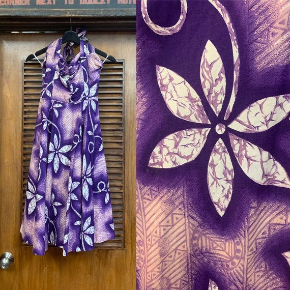 Vintage 1950's Purple Cotton Floral Hawaiian Dress