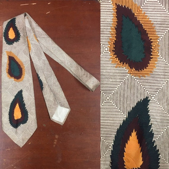 Vintage 1940s, Haband,  Leaf Pattern Swing Tie, 19