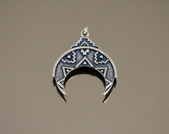 Vintage Semicircle Moon Ethnic Tribal Bali Design Pendant 925 Sterling Silver PD 2704