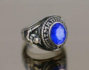cac777fe245 Vintage 1979 Madison Central Knight School Design Class Ring 925 Sterling  Size 5 RG 2750