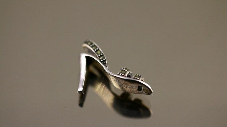 Vintage Fashion Fashionable High Heel Shoe Marcasite Design Pendant 925 Sterling PD 2514