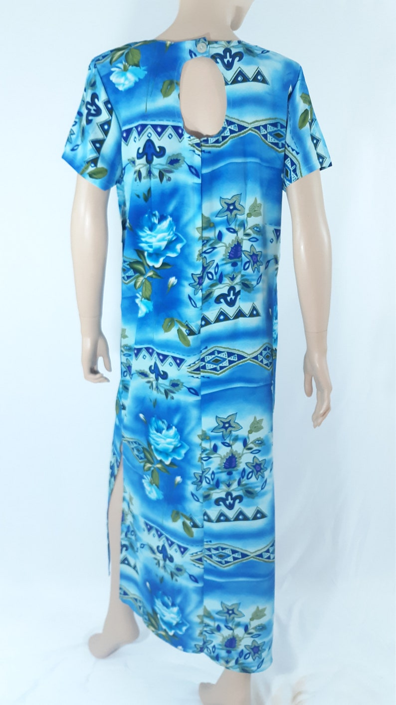 Women/'s Hawaiian Dress 90/'s Maxi Blue Dress Geo Floral Short Sleeve Back Cut-out New Condition w Tags Vintage by STOCK OPTIONS Size M