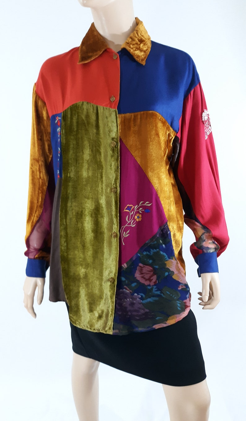 80/'s Women/'s Shirt Long Sleeve Boho Patchwork Multicolor Embroidery Mixed Fabrics Velvet Quilt Excellent Vintage by CONTEMPO CASUALS Size S