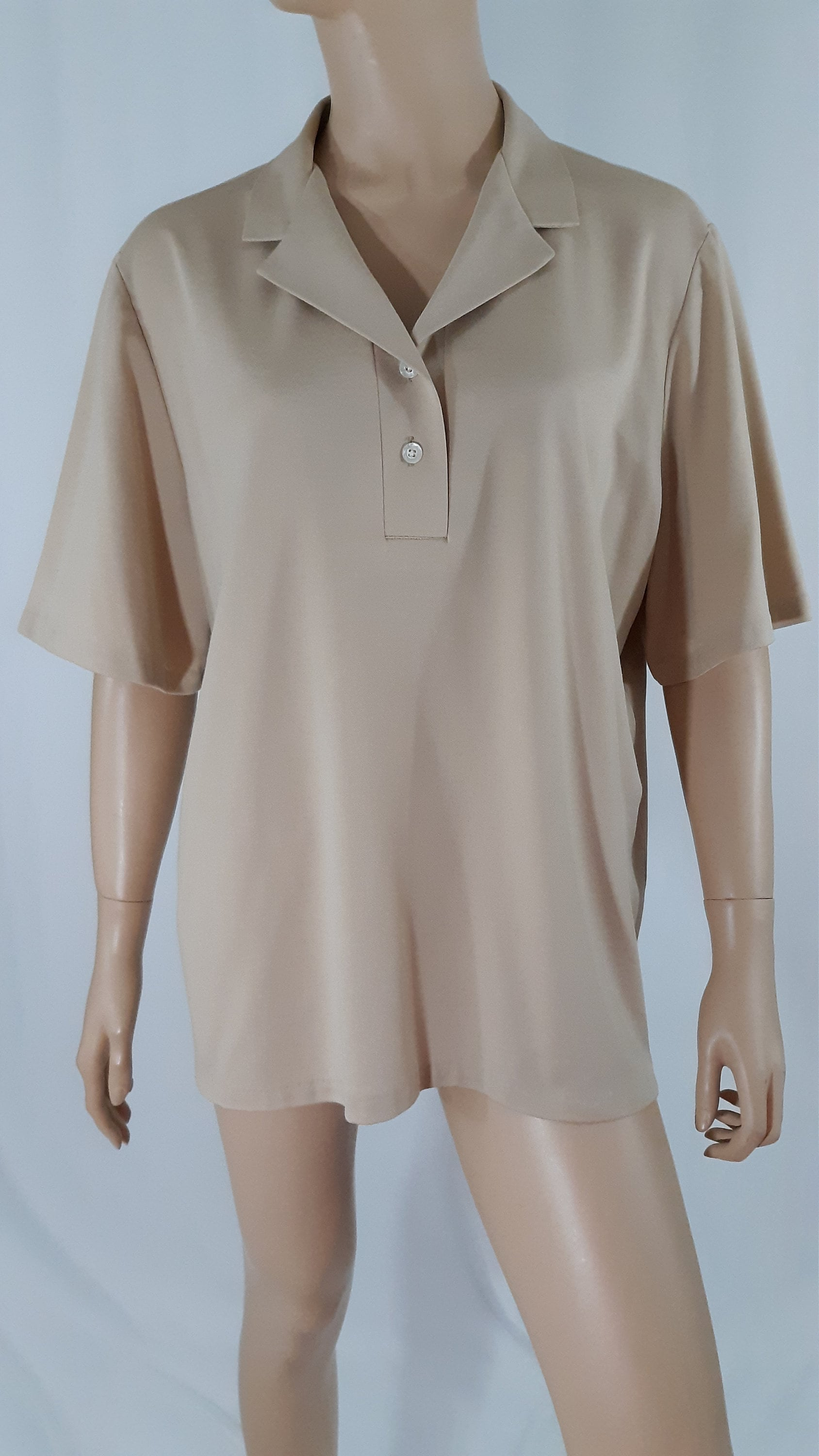 1970s Mens Shirt Styles – Vintage 70s Shirts for Guys 70s 80s Mens Shirt Solid Biege Short Sleeve Pullover Classic Leisure Made in Usa Excellent Like New Crisp Vintage By Frayne Size M $3.50 AT vintagedancer.com