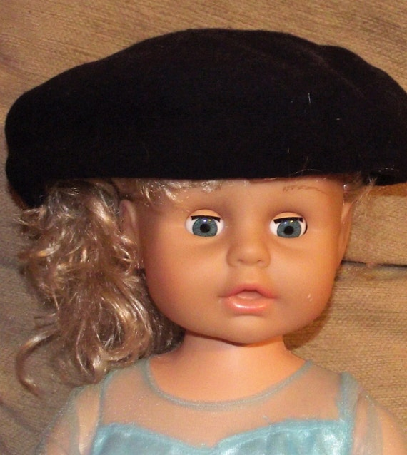 Two Vintage Black Berets. Black wool beret. Bulgar