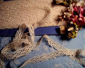pretty never used vintage lace, 3 meters
