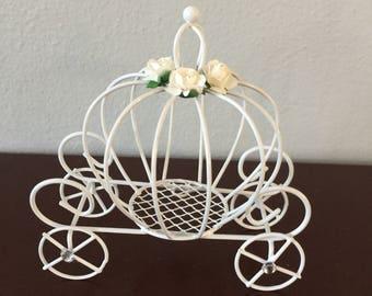 Decorated Cinderella pumpkin carriage 556b0651c