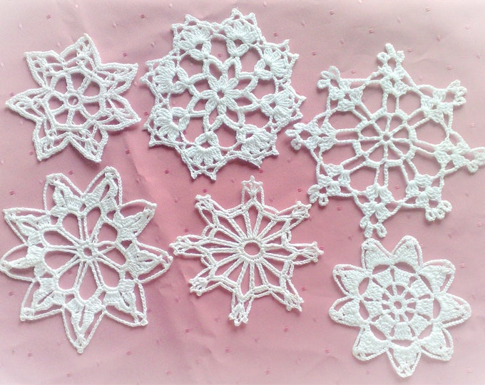 Crocheted snowflakes Christmas ornaments decorations cotton embellishment white snowflakes