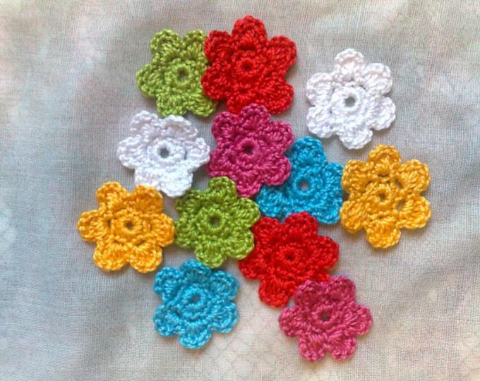 Colorful crochet mini flowers, 12 pieces