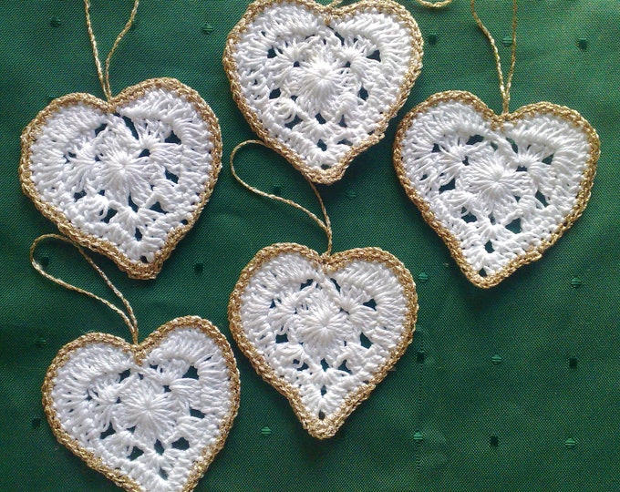 Crocheted Tree Drape 5 pieces crocheted hearts for Christmas tree Decoration Xmas gift for Parents
