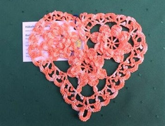 Thanksgiving Mother's Day Gift Closed Heart Doily with Flowers Applique in Orange and White