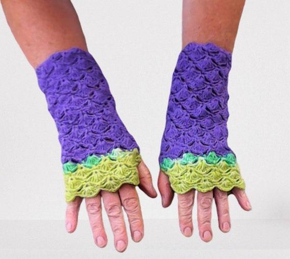 Crochet fingerless gloves purple, women winter autumn accessories, shells crochet, crochet women gloves, gift for her, birthday