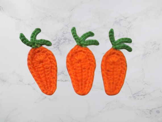 Crochet application, 3 crochet carrots. Cardmaking, scrapbooking, applications, handmade, sewing on patches. Ornaments
